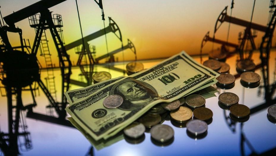 Доллар и евро резко просели по отношению к рублю на фоне сообщений о том, что ОПЕК и Россия согласовали сокращение добычи нефти (Нефть взлетела )