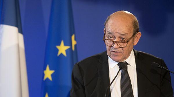Глава МИД Франции призвал Трампа не вмешиваться в дела страны