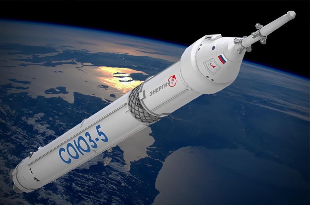 """Рогозин рассказал о просьбе США создать версию """"Союза"""" для доставки астронавтов на Луну"""