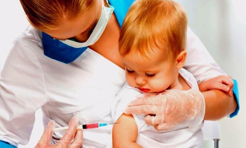 Зарегистрирована первая российская вакцина сразу от пяти инфекций