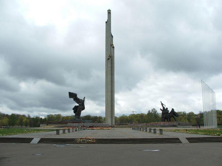 Ермолаев: РФ может отозвать признание Латвии независимым государством