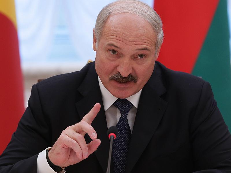 Лукашенко: Беларусь никогда и ни за какие деньги не станет рвать отношения с братской Россией