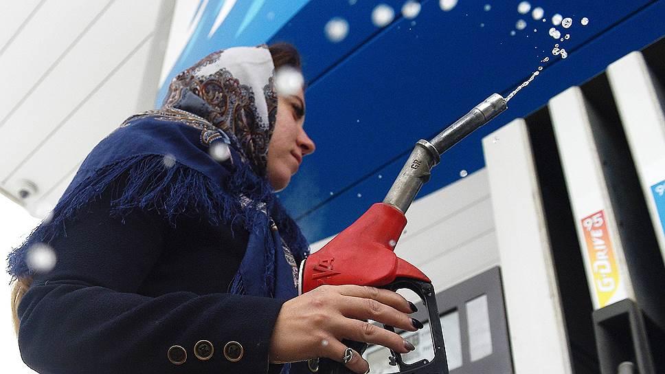 Бензин дорожает не по сезону. Ценовые рекорды на рынке устанавливаются в преддверии зимы