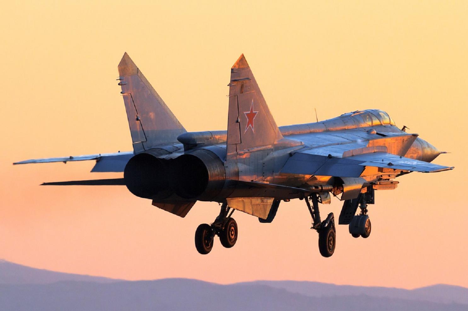 """[""""highly likely""""] The National Interest (США): Задача МиГ-31 - сбивать американские спутники. И у нас, возможно, имеются фотографии, которые это доказывают"""