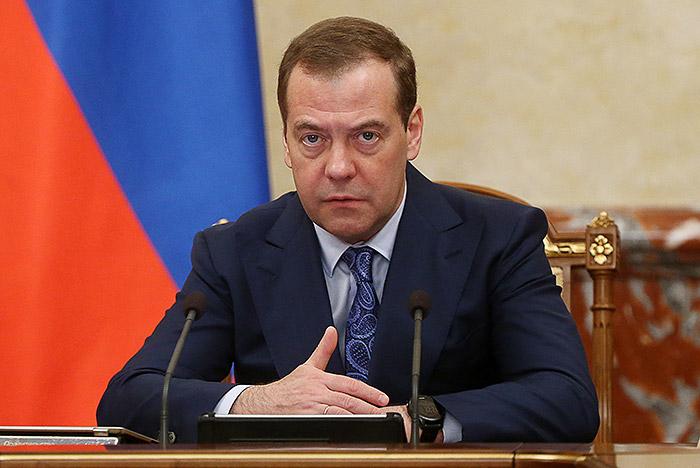 Россия запретила экспорт нефти и нефтепродуктов на Украину. Новые санкции РФ также коснутся угля, продукции машиностроения и легкой промышленности