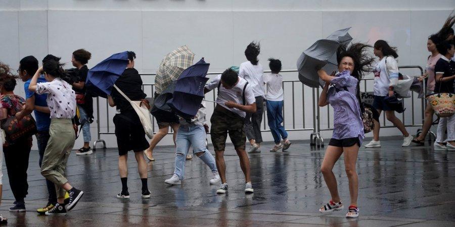 "В Китае бушует тайфун ""Лекима"": много жертв и пропавших без вести, тысячи пострадавших"