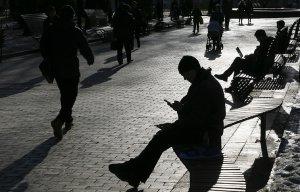 Более 40% трудоспособного населения Украины - безработные