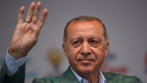 """Эрдоган поддержал """"брата Мадуро"""" на фоне попытки переворота в Венесуэле"""