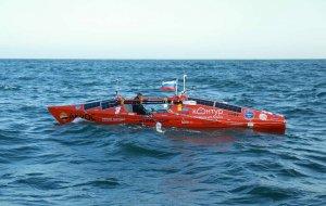 Шторм в Южном океане перевернул лодку Федора Конюхова
