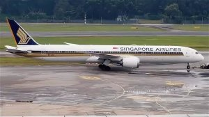 Singapore Airlines приостановила полеты двух Boeing-787-10 Dreamliner из-за проблем с двигателями