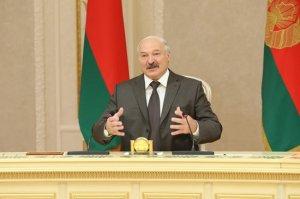 """Зачем Лукашенко примкнул к стае """"еврошакалов"""", бредящих Калининградом"""