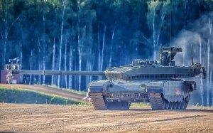 """Российский танк Т-90 продолжает """"покорять""""…"""