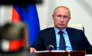 СМИ узнали о возмущении в Москве утечкой беседы Макрона с…