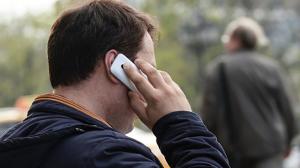 В России временно сделают бесплатными звонки в ряд…