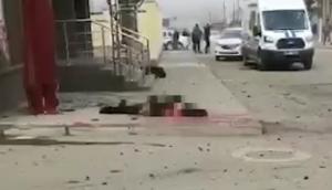 Шесть человек пострадали при подрыве смертника возле здания УФСБ по…
