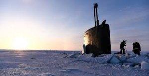 Гигантская подводная лодка США стоимостью 2 миллиарда долларов застряла во…