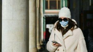 Врачи рассказали, как правильно носить маски в…