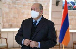 Президент Армении заразился в Лондоне…