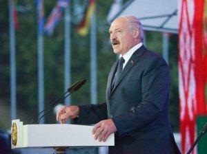 Лукашенко описал главе Международной федерации хоккея ситуацию с коронавирусом…