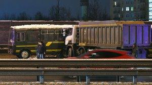Очевидцы раскрыли подробности аварии с военными автобусами в…