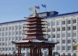 От Хурала Верховному совету: в Калмыкии просят отставки спикера парламента…