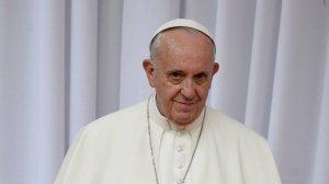 Папа римский сделал прививку от…