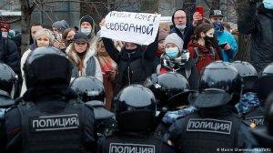 """Прокремлёвские общественные деятели вспомнили об """"уважении"""" и…"""