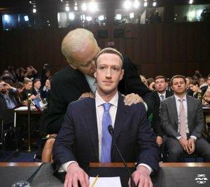 """""""Катастрофа для Цукерберга"""": почему Байден недоволен Facebook    (Президент США…"""