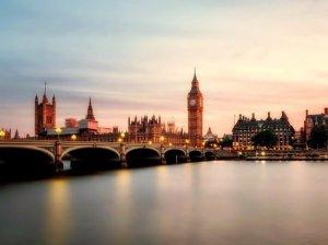 Макрон: Британия не может быть ближайшим союзником ЕС и США…