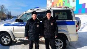 Пермские полицейские вдвоем спасли десять человек из горящей…
