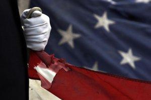 Как начинаются гражданские войны - начинают действовать три фактора, и все  три  у…