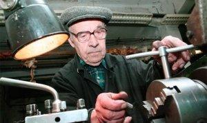 Закон об индексации пенсий работающим пенсионерам не будет…