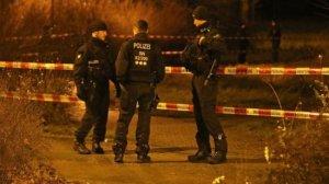 ВГермании 12 полицейских ранены наакции против коронавирусных…