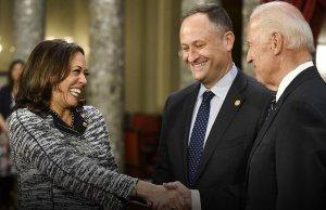 Конгрессмен США остроумно высмеял Байдена за отказ подискутировать с…