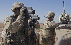 СМИ: контролируемая военными США база в Дейр-эз-Зоре подверглась обстрелу (По…