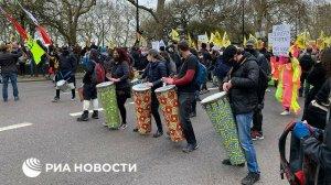 В Лондоне во время субботних демонстраций задержали более ста…