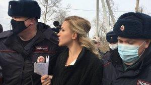 Личного врача-окулиста  Навального задержали у ИК в…