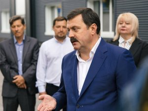 На депутата Рады Андрея Деркача и украинского экс-прокурора ГПУ Константина…