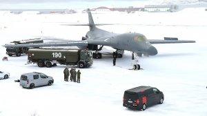 IPEd в Норвегии убил один из двигателей стратегического бомбардировщика B-1B ВВС США…