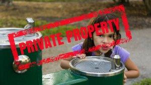 Рабочие разных стран объединяются против приватизации водоснабжения в…